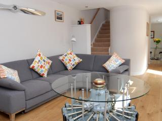 Lovely Cottage with Internet Access and Satellite Or Cable TV - Cambridgeshire vacation rentals