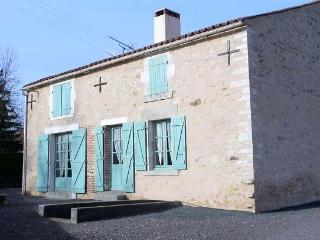 Lovely House with Internet Access and Dishwasher - La Caillere vacation rentals