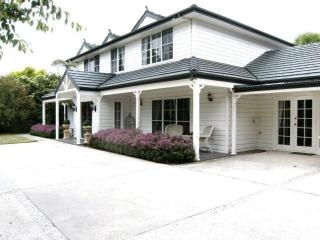 4 bedroom Guest house with Internet Access in Bowral - Bowral vacation rentals