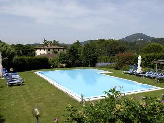 10 bedroom Villa in S Concordio Di Moriano, Tuscany, Italy : ref 2017864 - San Macario in Piano vacation rentals