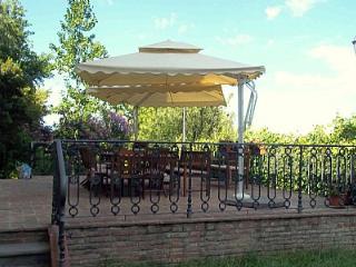 Spacious 6 bedroom House in San Miniato - San Miniato vacation rentals