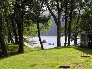 Nice 3 bedroom Rowardennan Lodge with Television - Rowardennan vacation rentals