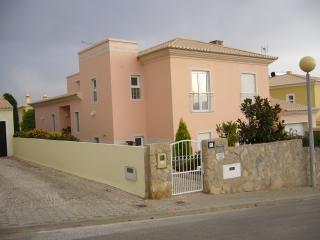 Comfortable 5 bedroom Villa in Lagos - Lagos vacation rentals