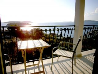 Fantastic apartment in Maslinica, Lavender - Maslinica vacation rentals
