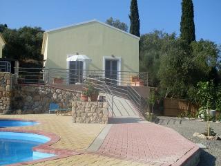 Cozy 3 bedroom House in Liapades - Liapades vacation rentals