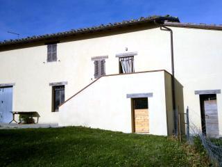 3 bedroom Farmhouse Barn with Washing Machine in Serra San Quirico - Serra San Quirico vacation rentals