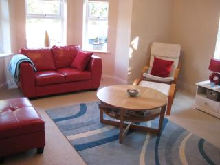 Boscombe Manor Apartment - Situated in quiet road - Bournemouth vacation rentals
