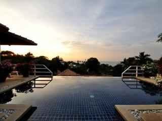 Perfect 3 bedroom Villa in Kathu - Kathu vacation rentals