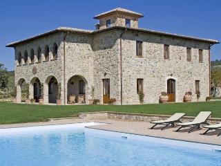 5 bedroom Villa in Orvieto, Umbria, Italy : ref 2018058 - Colonnetta Di Prodo vacation rentals