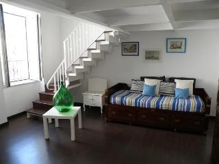 Dreaming  Guest House apt Napoli - Meta vacation rentals