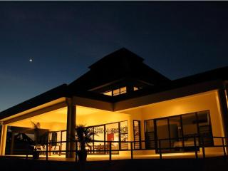 Luxury 4 Bedroom Villa Private Infinity Pool/Beach - Fiji vacation rentals
