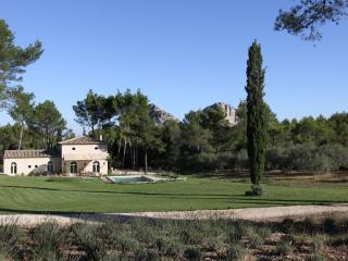 4 bedroom House with Internet Access in Saint-Remy-de-Provence - Saint-Remy-de-Provence vacation rentals