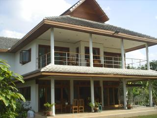 Nice Guest house with Internet Access and A/C - Nan vacation rentals