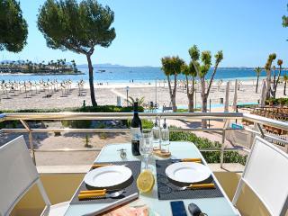 Apartment on the beach ALCUDIA - Puerto de Alcudia vacation rentals