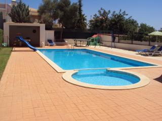4 bedroom Villa with Internet Access in Altura - Altura vacation rentals