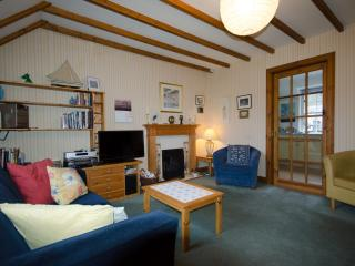 3 bedroom Cottage with Internet Access in Birnam - Birnam vacation rentals