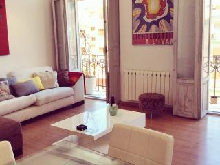 Cute Apt. Historic Center - Valencia vacation rentals