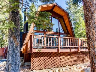 Wonderful A-frame cabin with lake views, shared pool, & tennis courts! - Tahoe City vacation rentals