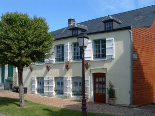 Spacious 5 bedroom House in Saint-Valery-sur-Somme with Internet Access - Saint-Valery-sur-Somme vacation rentals