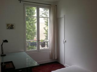 Appartement calme limite Paris - Montreuil vacation rentals