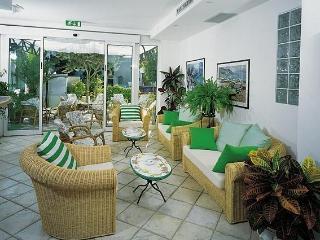 Residence Charles Rimini - Bilocale - Bellariva vacation rentals
