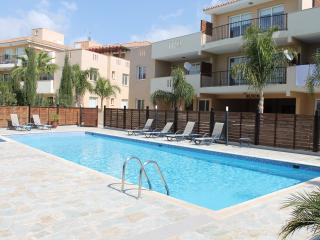 Bright 2 bedroom Kiti Apartment with A/C - Kiti vacation rentals
