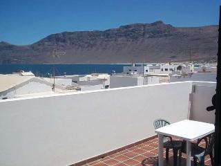 Apartment AMMI in Famara for 4p - Famara vacation rentals