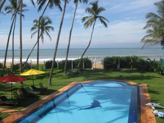 Cozy 3 bedroom Chateau in Wadduwa - Wadduwa vacation rentals