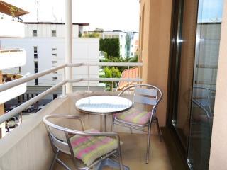 Patio Vauban, Rue Bertaina, Antibes - Antibes vacation rentals