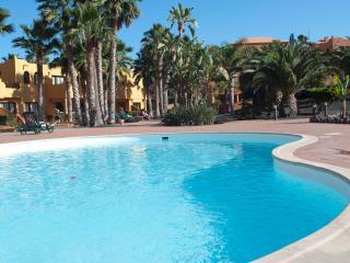 Oasis Royal 3 pools 1 bedroom + wifi - Corralejo vacation rentals