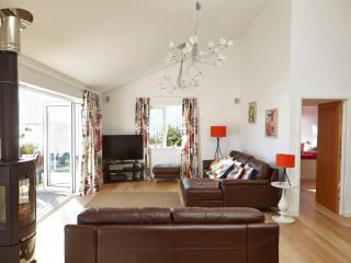 Spacious 4 bedroom Saint Mawes House with Internet Access - Saint Mawes vacation rentals