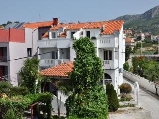 Villa Pinocchio suite for 3 pax (no.6) - Podstrana vacation rentals