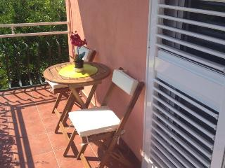 Beautiful Condo with Internet Access and A/C - Marina vacation rentals