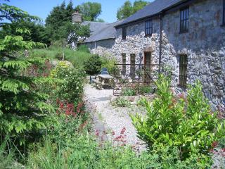 Comfortable 3 bedroom Cottage in Betws yn Rhos - Betws yn Rhos vacation rentals