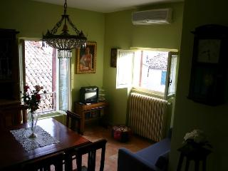 Romantic 1 bedroom Apartment in Staffolo - Staffolo vacation rentals