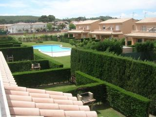 Costabravaforrent Pinamar, up to 4, shared pool - L'Escala vacation rentals