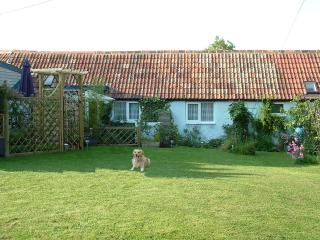 Lovely Cottage with Internet Access and Outdoor Dining Area - Sturminster Newton vacation rentals