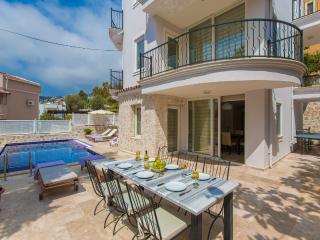 Villa Honeysuckle in Central Kalkan, very popular - Kalkan vacation rentals