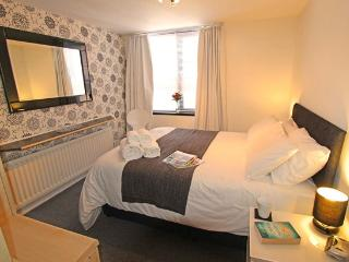 Newcastle City Break Ground Floor Apartment - Newcastle upon Tyne vacation rentals