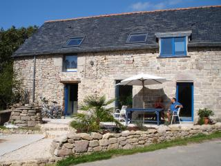 Beautiful Farmhouse Barn with Internet Access and Satellite Or Cable TV - Plouay vacation rentals
