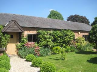 Charming 1 bedroom Cottage in Stratford-upon-Avon - Stratford-upon-Avon vacation rentals