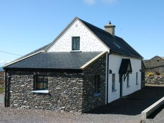 3 bedroom Cottage with Dishwasher in Cahersiveen - Cahersiveen vacation rentals