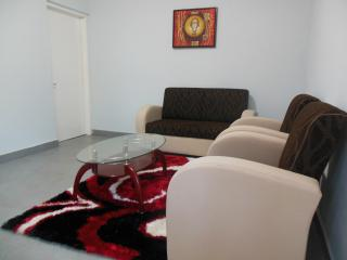 Romantic 1 bedroom Condo in Yaounde with Internet Access - Yaounde vacation rentals