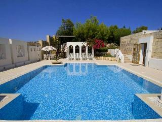 5 bedroom Farmhouse Barn with Internet Access in Mgarr - Mgarr vacation rentals