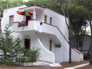 Cozy Castellaneta Marina vacation Resort with Garden - Castellaneta Marina vacation rentals