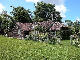 Nice Cottage with Internet Access and Television - Shrewton vacation rentals