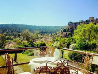Lovely house with garden and spectacular views! - Salernes vacation rentals