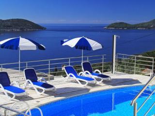 Apartment Ivan - Three-Bedroom Apt. with Balcony - Orasac vacation rentals