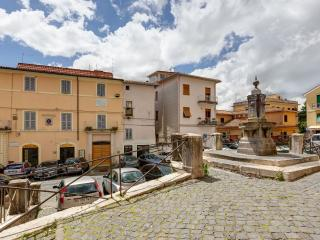 Bright 3 bedroom Apartment in Palestrina - Palestrina vacation rentals