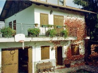 Beautiful House with Balcony and Microwave - Chiusa di Pesio vacation rentals